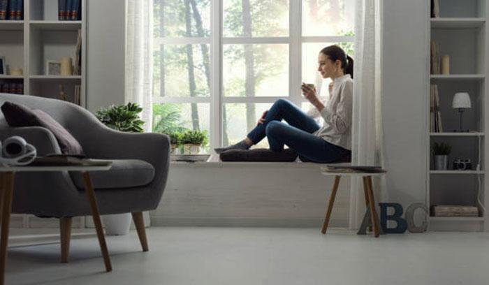 комната с окнами